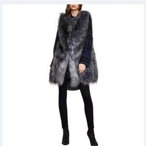 NWT Bcbgmaxazria Mackenzie Faux Fur Vest